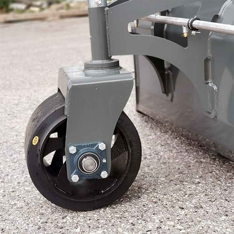 Sturdy front caster